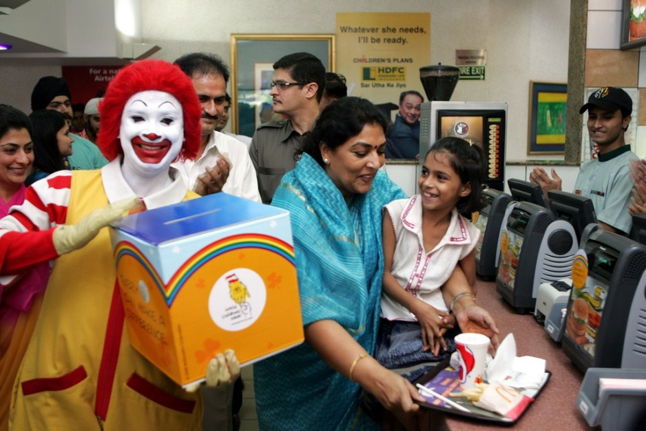 """why mcdonalds has first mover advantage in india Although india""""s supply chain network was underdeveloped during the early stage when mcdonalds penetrated the country, mcdonald""""s has taken steps to improve the situation the company works with local suppliers and farmers to source all its requirements."""