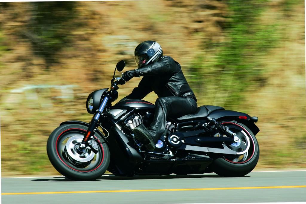 Harley-Davidson Night Rod Special: czarny mat nie spodoba się z pewnością amatorom błyszczących chromów