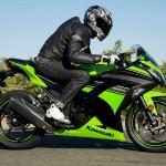 Kawasaki Ninja 300 wyposażona jest nawet w ABS