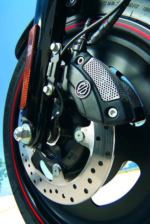 Harley-Davidson Night Rod Special: od 2008 roku dostępny jest ABS