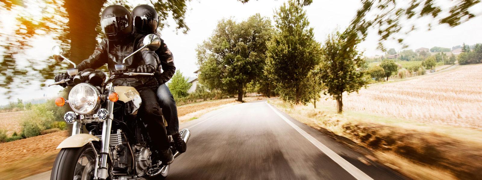 wygodny motocykl dla dwojga