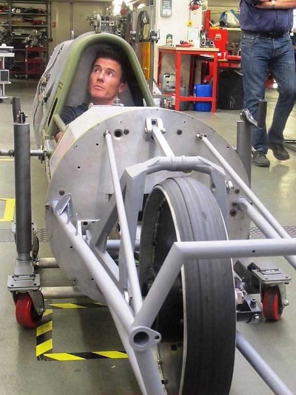 Prototyp motocykla którym pojedzie Brytyjczyk