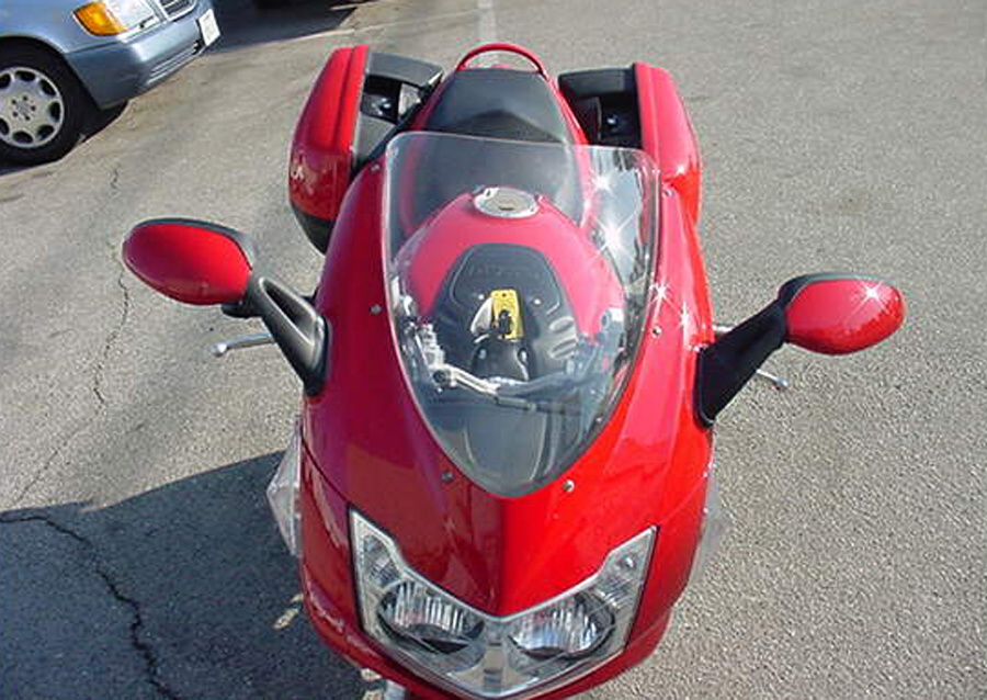 Ładowność i zasięg Ducati ST3 to nie najmocniejsze strony motocykla