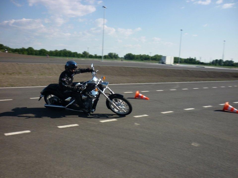 Kurs bezpiecznej jazdy motocyklem dla każdego