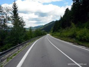 Motocyklowa frajda w pigułce - droga Zuberec Sielnica