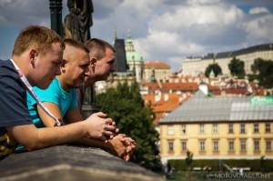 Praga, odpoczynek na moście
