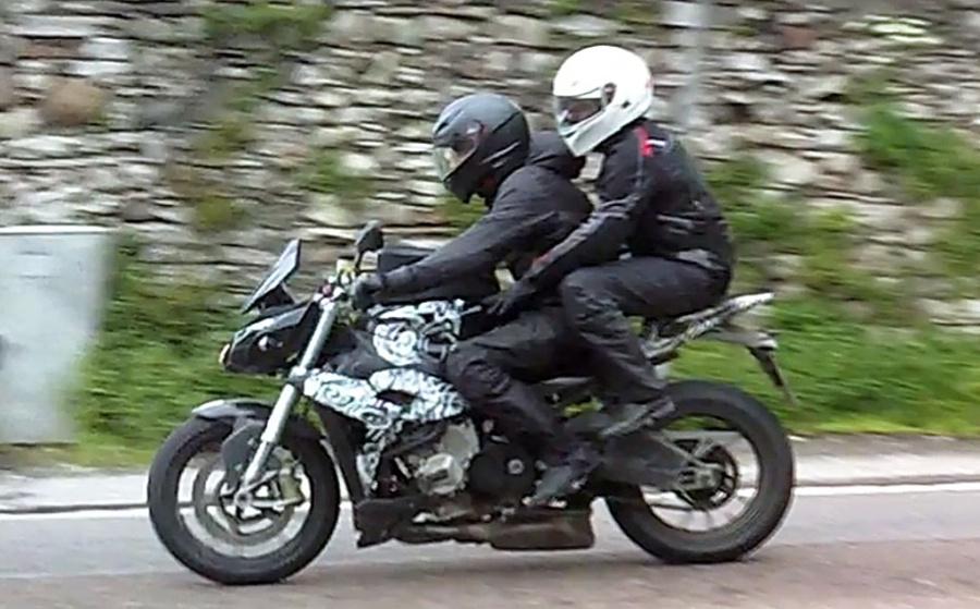 Naked BMW SRR