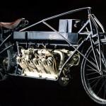Pierwszy superbike – Curtis V8