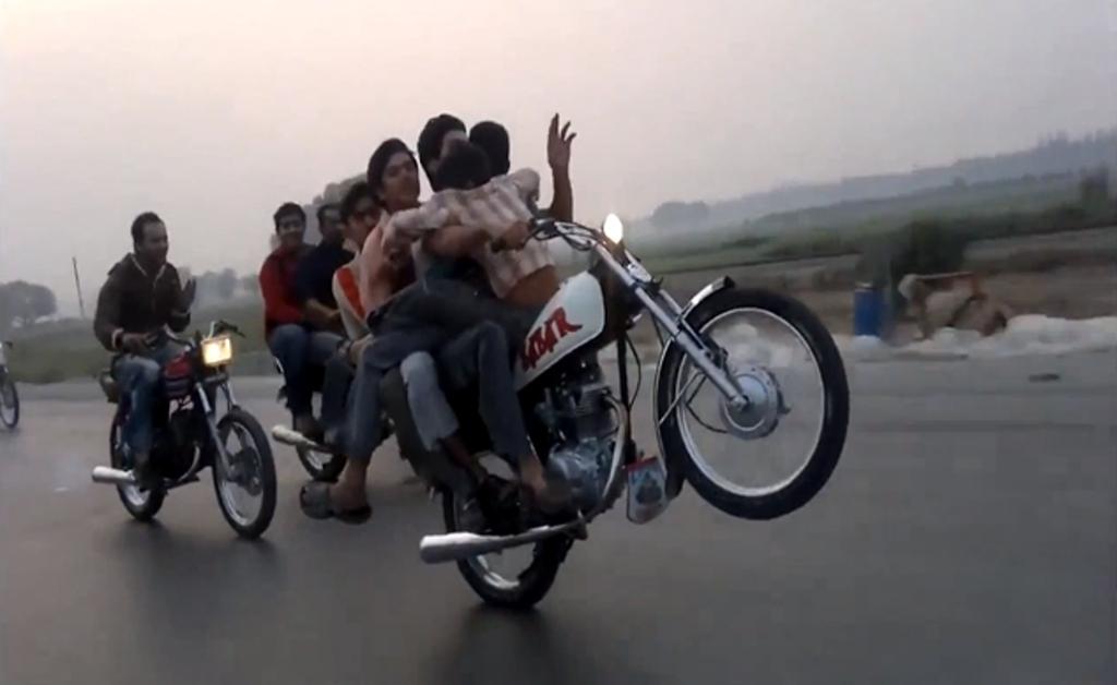 Wheelie w pięć osób