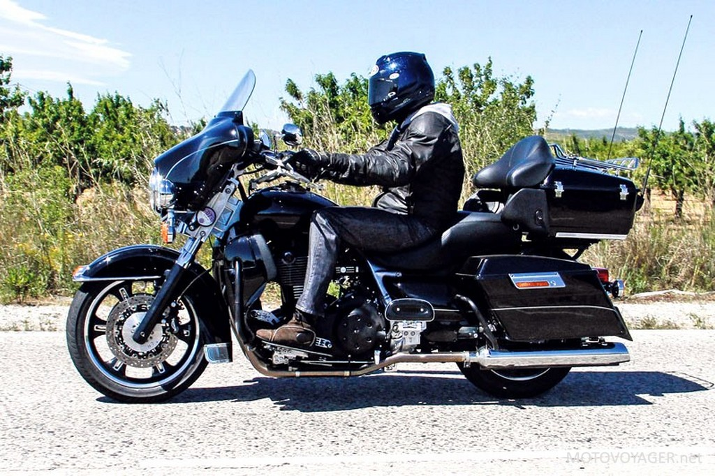 triumph s new cruisers with harley davidson disguise