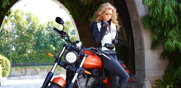 Odziez do turystyki motocyklowej