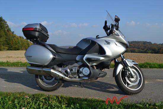 Honda NT700 Deauville (4)