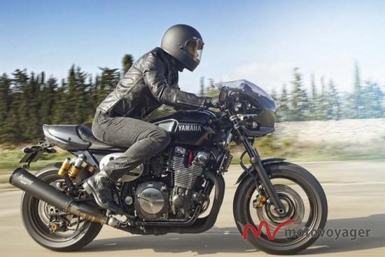 2015 Yamaha XJR1300 (11)
