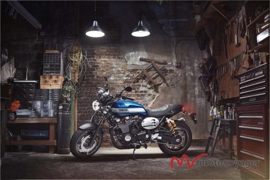 2015 Yamaha XJR1300 (7)