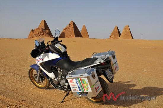 Doktorzy na motocyklach (2)