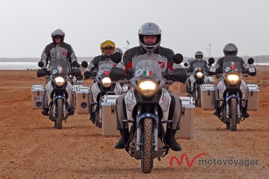 Doktorzy na motocyklach (4)