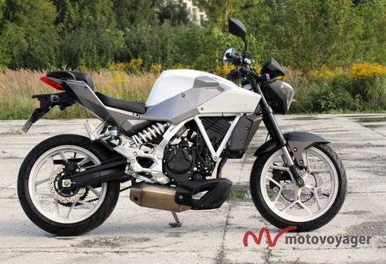 GD250 EXIV (2)