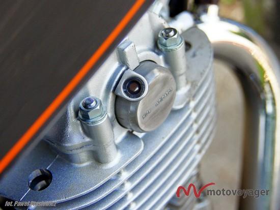 Yamaha SR400 (15)