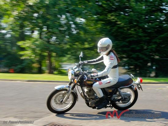 Yamaha SR400 (3)
