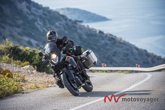 KTM 1050 Adventure (1)
