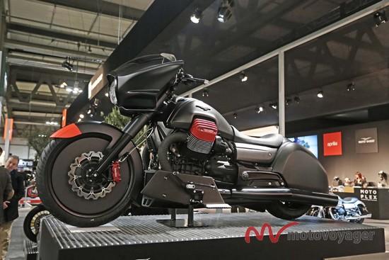 Moto Guzzi MGX-21 (1)
