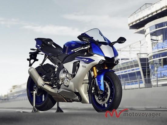 Yamaha YZF-R1 2015 (1)