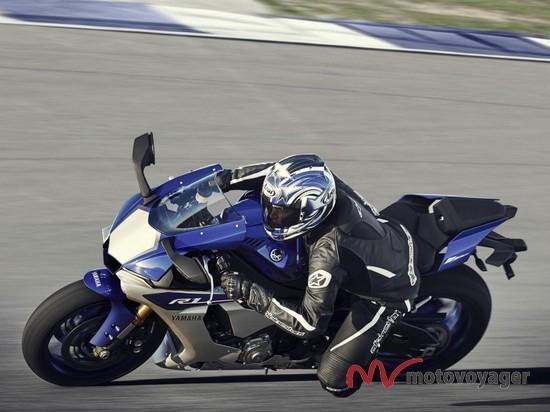 Yamaha YZF-R1 2015 (3)