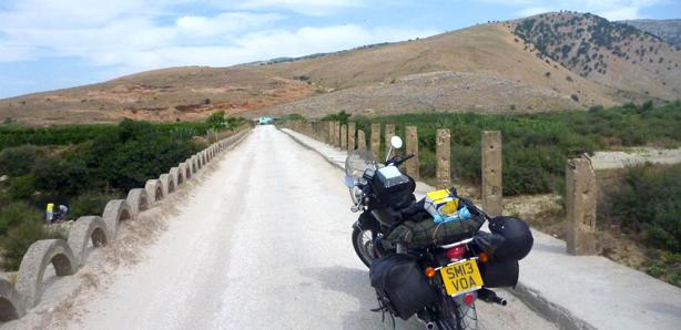 Do Albanii przez Portugalię