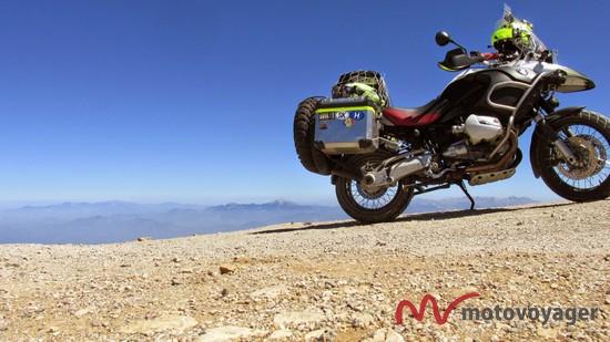 samotna wyprawa motocyklowa do gruzji