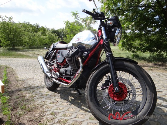 Moto Guzzi V7 Racer (11)