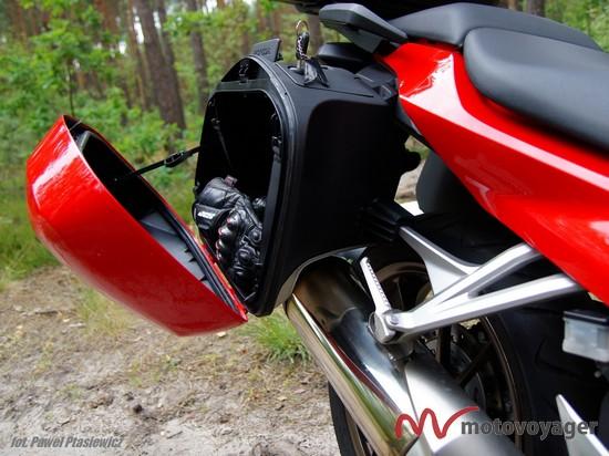 Honda VFR800F (10)