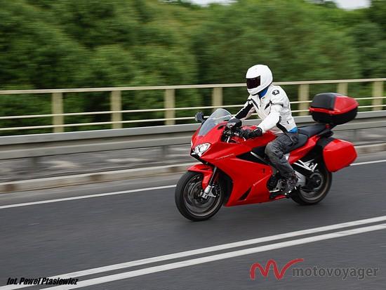 Honda VFR800F (27)