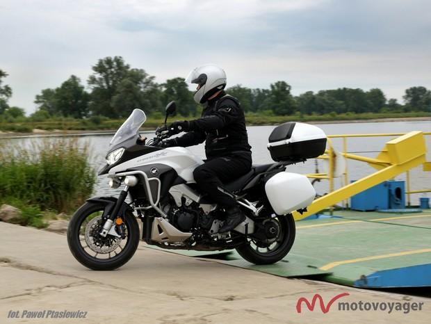 Honda VFR800X (22)