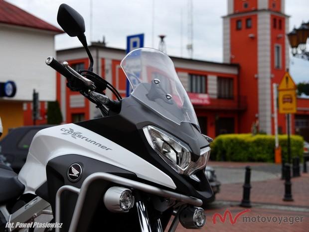 Honda VFR800X (3)