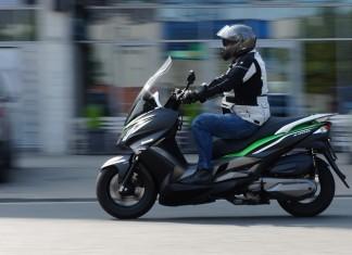 Skuter Kawasaki J300