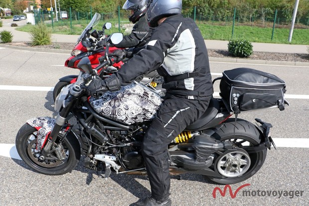 Ducati Diavel Cruiser (4)