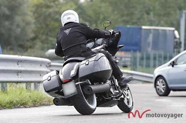 Moto-Guzzi-Bagger1