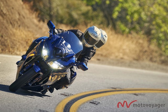 Yamaha FJR1300 2016(6)
