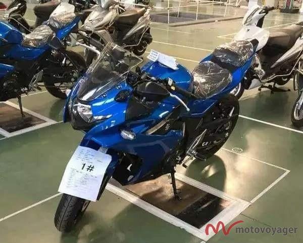 Suzuki GSX-R250(1)