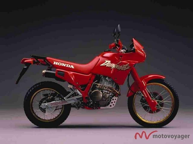 Honda NX 650 Dominator 88  1