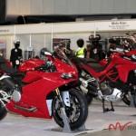 Ducati przyciągało soczystą czerwienią