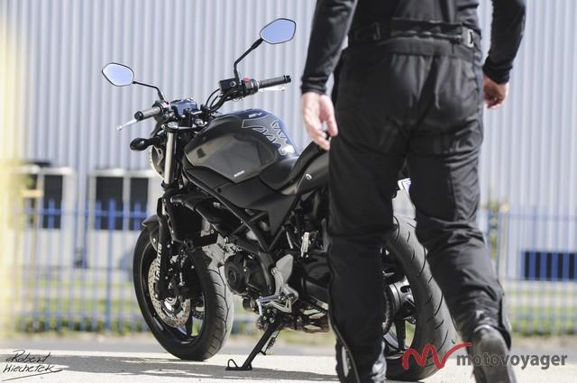 Suzuki SV650(32)