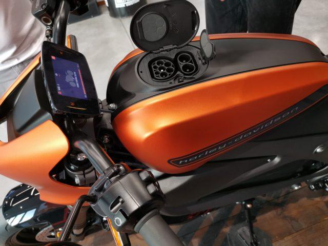 H-D LiveWire motocykl elektryczny gniazdka ładowania