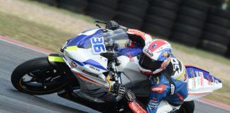 michał budziach budziaszek wójcik racing team wyścigi motocyklowe kolano knee down yamaha r3 39 elbow down łokieć tor