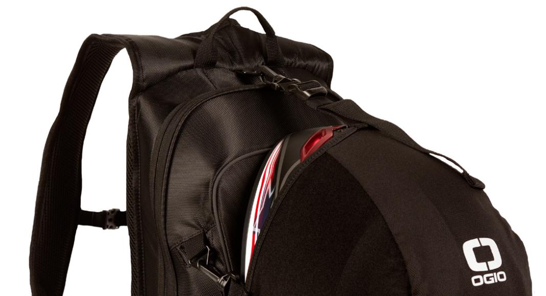 ogio-plecak-mach-lh-stealth jaki plecak na motocykl jaki plecak motocyklowy jak przewozić kask na motocyklu