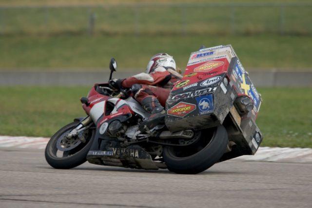 Yamahą R1 dookoła świata – wyprawa motocyklowa Sjaak'a Lucassen'a