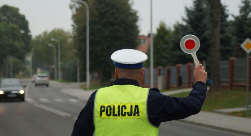 modyfikacji motocykla za które policja zatrzyma także wirtualnie dowód rejestracyjny