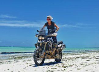 Kinga Tanajewska On her bike