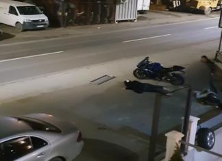 motocyklista udaremnia kradzież swojego jednośladu