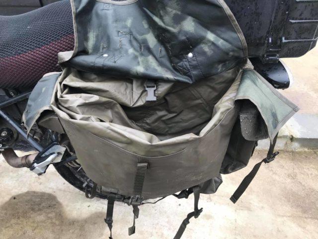 wnętrze-plecaka-M90-sakwy-motocyklowej